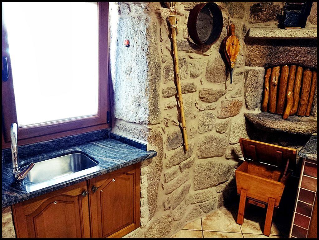 Antiguo horno de piedra para elaborar pan