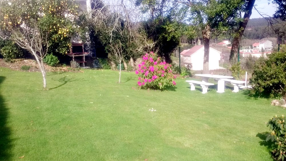 jardin de la casa espectacular