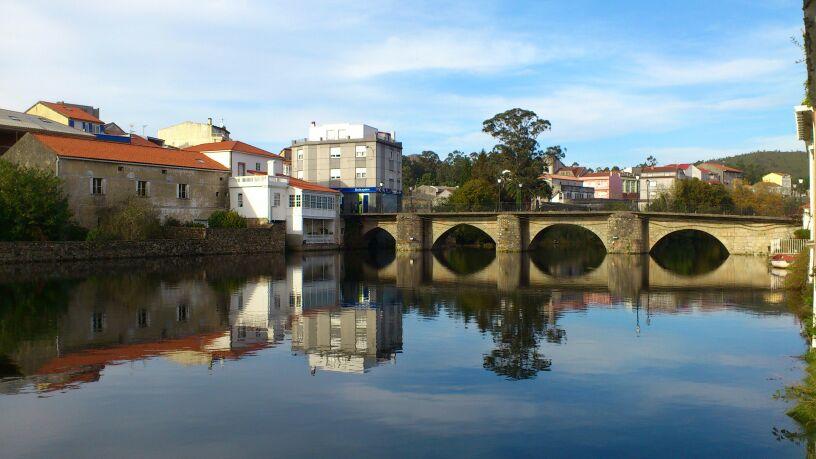 Pueblo, vistas al río grande - Ponte do Porto
