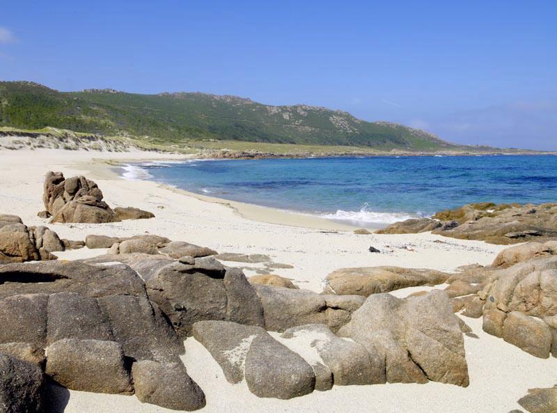 Arrecifes graníticos en Playa de Trece - Camariñas